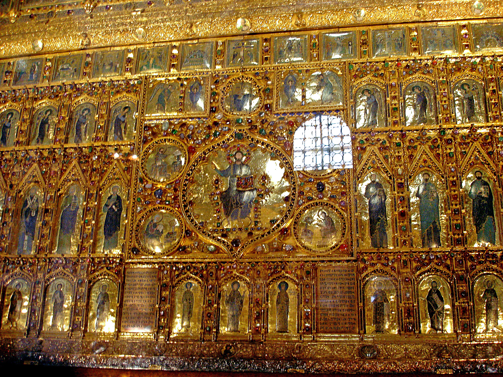 Pala d\'Oro (the high altar retable of San Marco). Detail of center ...