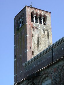 Torcello_Campanile_della_Basilica_di_S._Maria_Assunta.jpeg