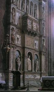 http://library.bc.edu/venetianart/plugins/Dropbox/files/Santa_Maria_gloriosa_dei_Frari.jpg