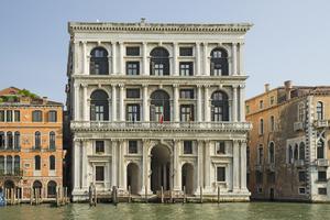 http://library.bc.edu/venetianart/plugins/Dropbox/files/Palazzo_Grimani_di_San_Luca_(Venice).jpg