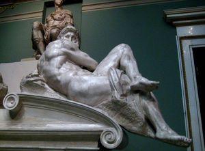 1024px-Tomb_of_Giuliano_de'_Medici_(casting_in_Pushkin_museum)_by_shakko_04.jpg