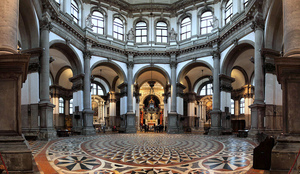 basilica-di-santa-maria-della-salute-5.jpg